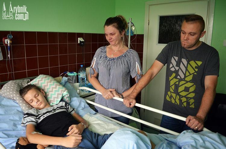 Dzięki tej operacji Alan stanie na nogi. Pomóżmy malcowiPaweł od miesiąca jest w ciężkim stanie, nie ma z nim kontaktu. Przez opieszałość lekarza?