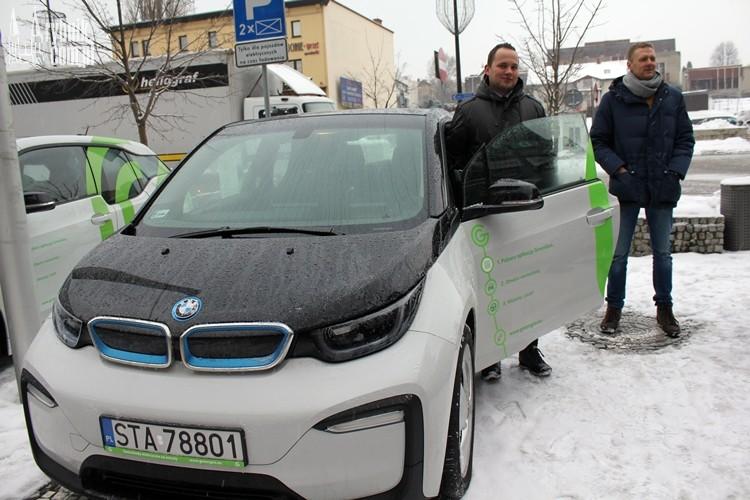 Od dzisiaj wypożyczysz samochód elektryczny w Rybniku! (wideo)