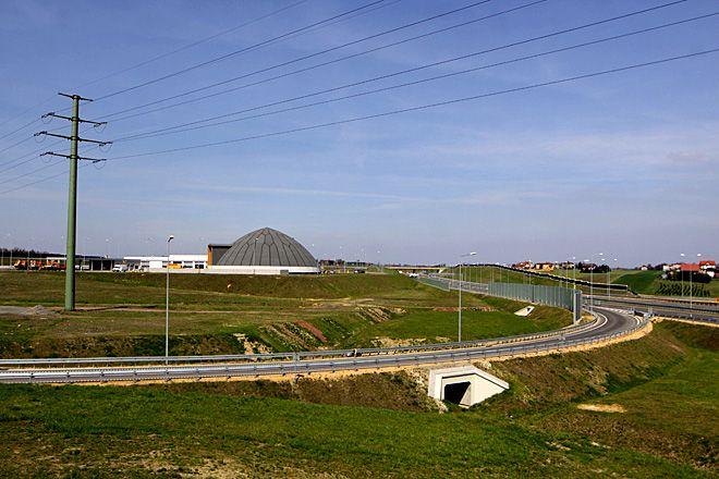 Póki co autostradą A1 można dojechać tylko do Świerklan. Wojewoda zapowiada, że wiosną 2012 roku dojedziemy do granicy w Gorzyczkach.