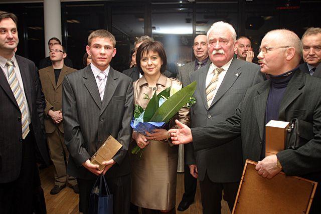 Senator Motyczka (drugi z prawej) ma silną pozycję i w Rybniku i Wodzisławiu. Z którego okręgu wyborczego wystartuje jesienią?