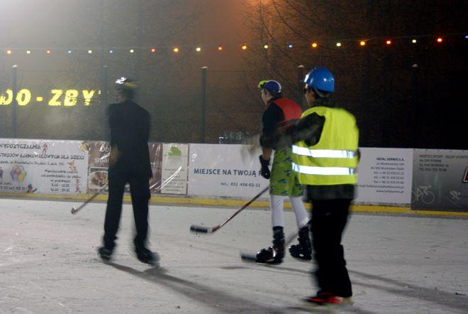 Niedawno na lodowisku został zorganizowany Bal Karnawałowy