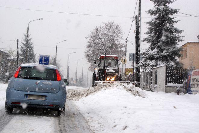 W czwartek warunki na drogach mogą być bardzo trudne