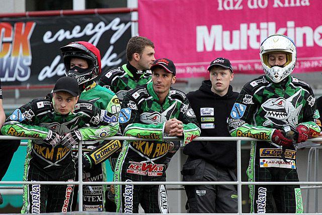 A. Karpov (pierwszy z lewej) awansował do finału elim. do GP 2011. Sztuka ta nie udała sie D. Nermarkowi (w środku)