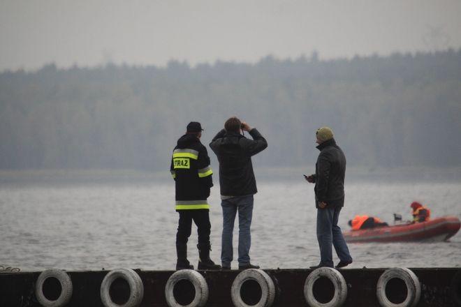Nad Zalewem Rybnickim wciąż trwają poszukiwania ciała E. Wróbla