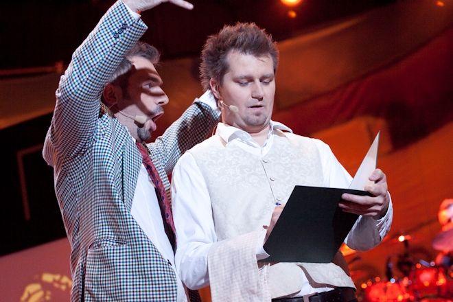 Skecze Młodych Panów przypadły amerykańskiej Polonii do gustu. Na zdjęciu Robert Korólczyk i Bartosz Demczuk.