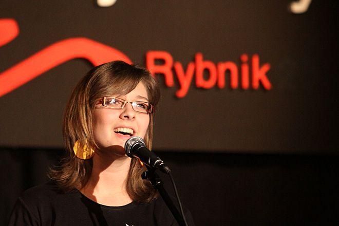 Maja Mroczkowska z ZS w Knurowie zachwyciła jurorów i publiczność