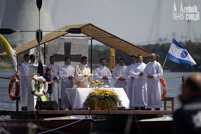 W tym roku w mszy na wodzie weźmie udział arcybiskup Wiktor Skworc