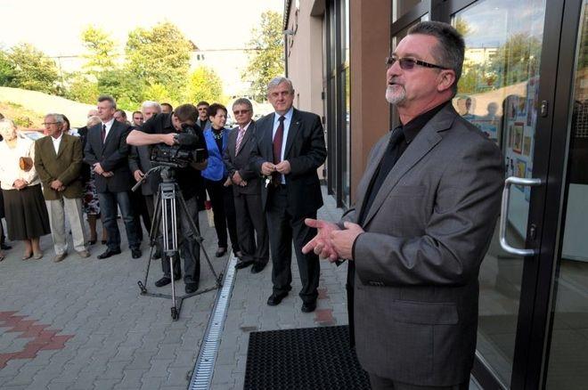 Marian Wolny podczas uroczystego otwarcia Domu Kultury Niedobczyce po remoncie