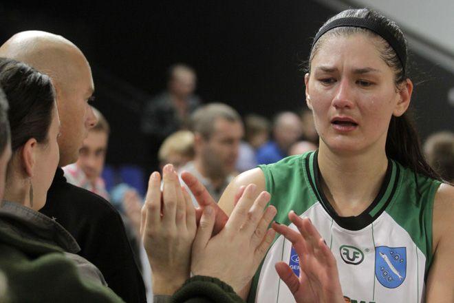 Po ostatnim meczu w tym sezonie, z Widzewem Łódź, koszykarki ROW-u nie kryły łez