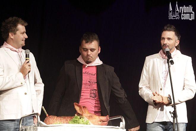 Symbolicznego zarżnięcia Ryjka dokonał Kabaret Młodych Panów