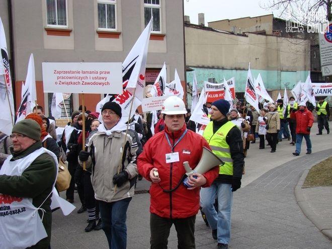 Wśród manifestantów znalazło się 4 pracowników oświaty