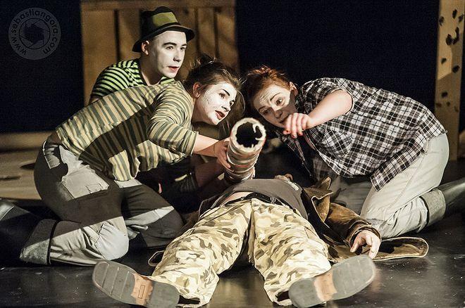 Teatr Mariana Bednarka przygotował spektakl pt. ''Rurarze''