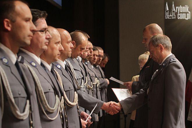 W czasie uroczystości policjanci odebrali swoje mianowania zawodowe