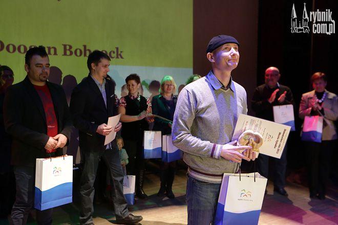 http://www.rybnik.com.pl/pliki/fotogaleria/2013-12-11_wolontariat/17.jpg