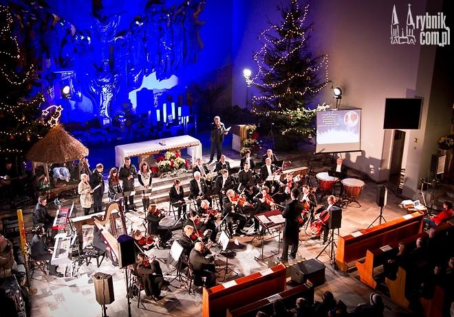 """Koncert """"Zapach Świątecznej Ciszy"""" odbył się pod koniec grudnia w kościele Królowej Apostołów w Rybniku"""