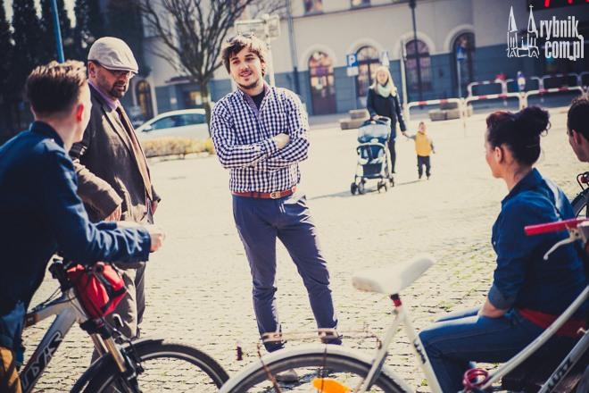 Jan Fiałkowski (w środku) zaangażowany jest  w wiele inicjatyw rowerowych