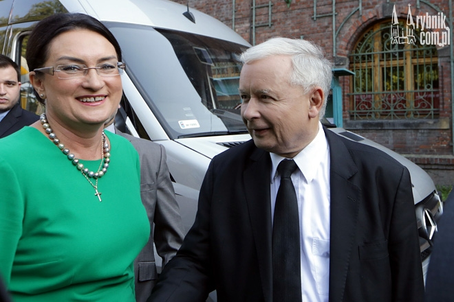 Izabela Kloc i Jarosław Kaczyński mają powody do radości