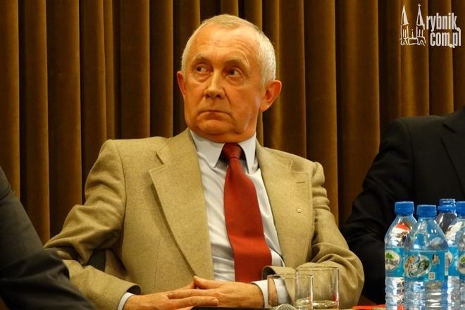 Stefan Dąbkowski w trakcie debaty