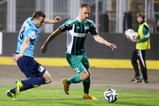 Szymon Sobczak (na zdjęciu) strzelił w Częstochowie pierwszego gola. Na 2:0 podwyższył Michał Płonka.