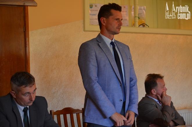W połowie 2015 roku doszło do spotkania władz gminy, mieszkańcami, a dyrekcją kopalni, która przedstawiła plany uruchomienia wydobycia pod ulicą Szklarnia