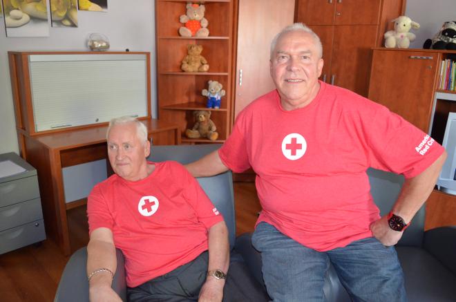 Lucjan (z lewej strony) i George są szczęśliwi. Nie widzieli siebie od ponad pół wieku!