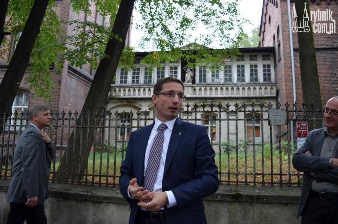 Prezydent Piotr Kuczera liczy, że radni poprą pomysł przejęcia i rewitalizacji Juliusza