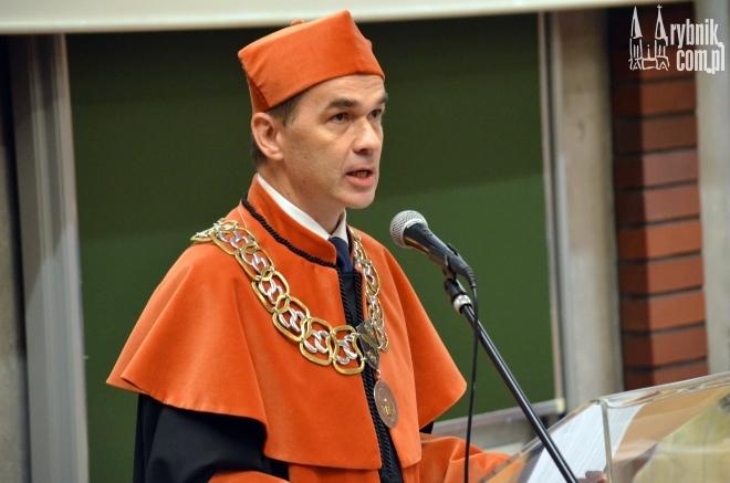 Na zdjęciu: dziekan wydziału - dr inż. Tomasz Zieliński