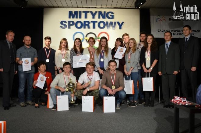 ''Mityng z Olimpijczykiem'' wygrali uczniowie z I LO
