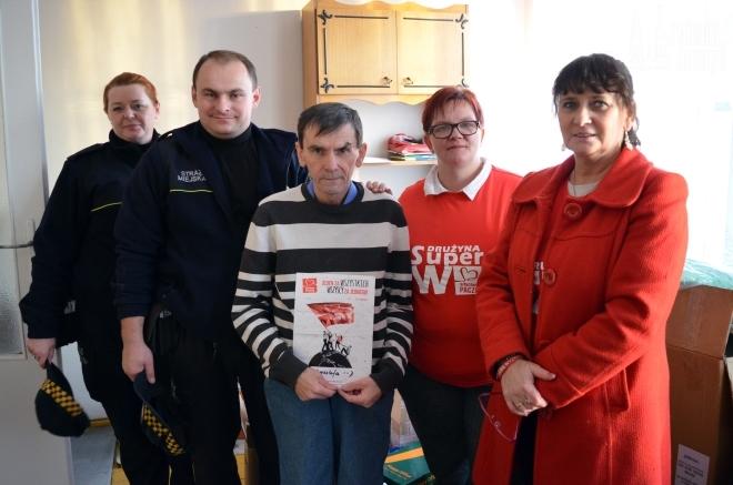 Wolontariusze Szlachetnej Paczki odwiedzili w tym roku prawie 100 rodzin