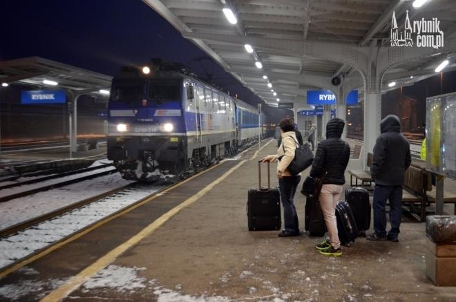 InterCity do Warszawy przyjechał dzisiaj do Rybnika przed 7.00