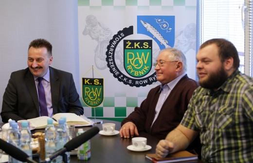 Debata na temat �u�la w Rybniku