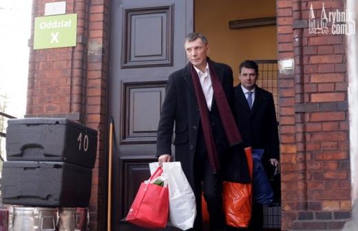 Stanis�aw Belski na wolno�ci. Sp�dzi� w psychiatryku 8 lat za kradzie� kawy
