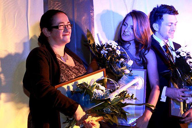 Anita Geratowska - dyrektorka zespołu ''Przygoda'' (z lewej)