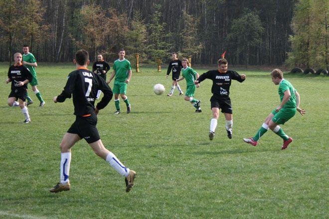 Sporo pieniędzy tradycyjnie trafiło do piłkarzy ze wszystkich sołectw gminy.