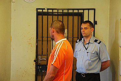 Wczoraj policjanci z Rybnika zatrzymali dwóch mężczyzn, którzy  są podejrzani o włamanie do baru w Zwonowicach