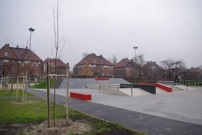 Młodzi mieszkańcy Czerwionki otrzymali do dyspozycji skatepark