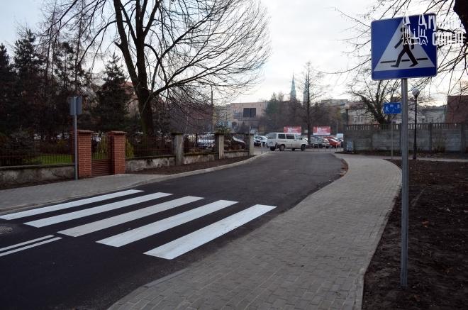 Nowa droga dojazdowa do parkingu przy ul. Brudnioka ma ułatwić życie dostawcom