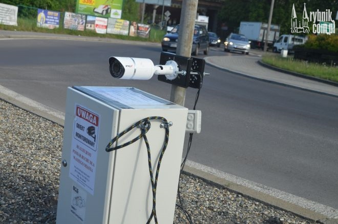 To nie jest fotoradar. Kamera prowadzi pomiar natężenia ruchu w Rybniku