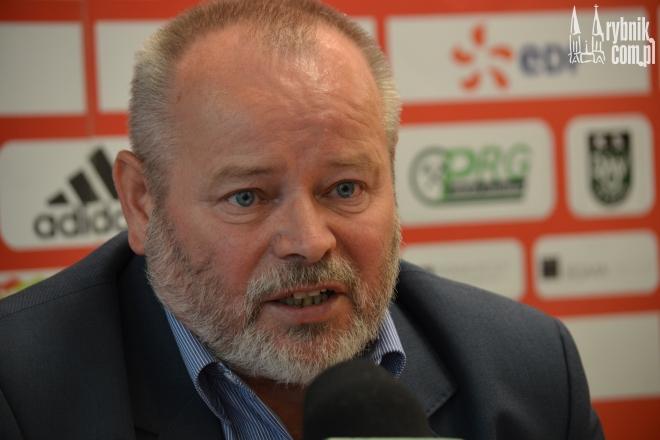 Henryk Frystacki uciął spekulacje - klub nadal gra