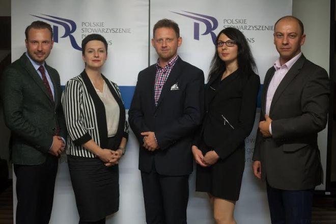 Krzysztof Jaroch (pierwszy od prawej) został członkiem zarządu Polskiego Stowarzyszenia Public Relations