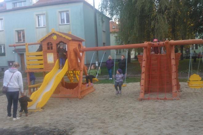 Tak wygląda nowy plac zabaw w Leszczynach