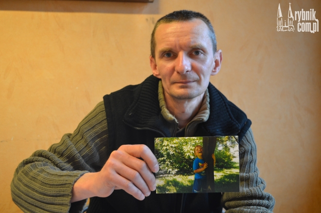 Sebastian Suska swojego syna widzi jedynie na fotografiach