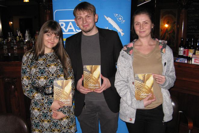 """Hanna Rodzik, Damian Halmer i Justyna Lach prezentują publikację """"Ślązaczki, kobiety niezwykłe"""""""
