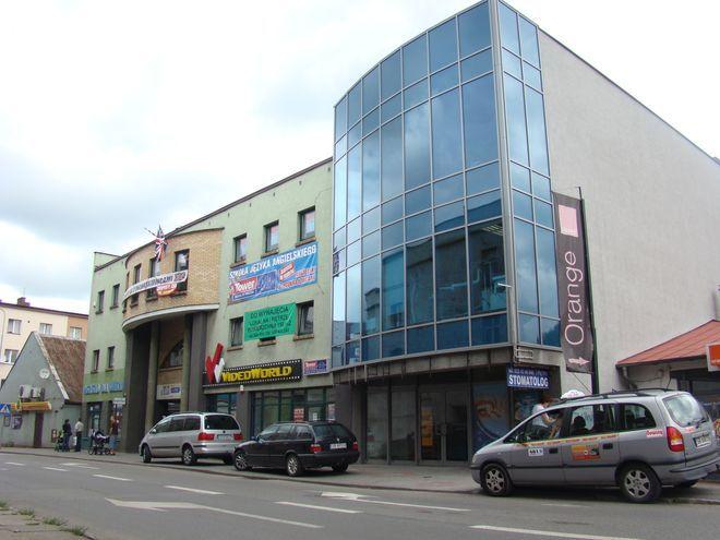 Sklep ''Winarium'' powstanie w tym budynku.