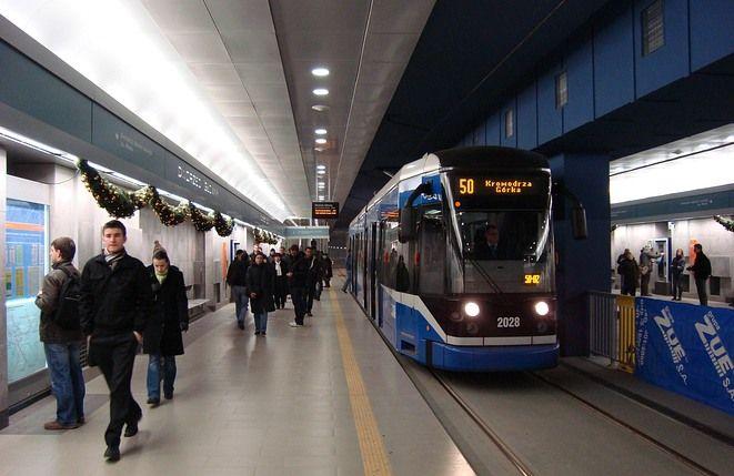 Rozwiązania telekomunikacyjne firmy Aksel stosowane są w wielu miastach. Teraz również w tunelach Krakowskiego Szybkiego Tramwaju.