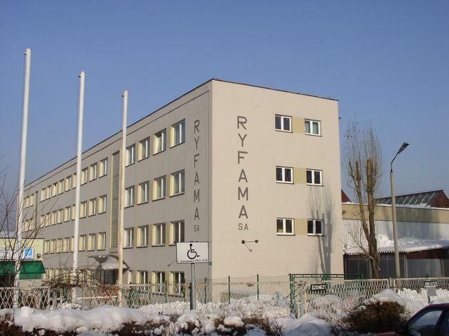 Grupa ''Gwarant'' sprzedała 90% akcji Ryfamy, katowickiej firmie ''Kopex''