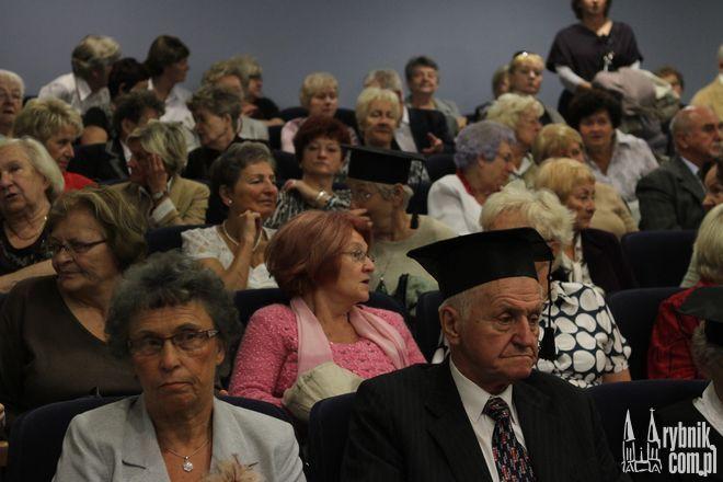 Seniorzy z Rybnika stawiają na kulturę i komunikację miejską