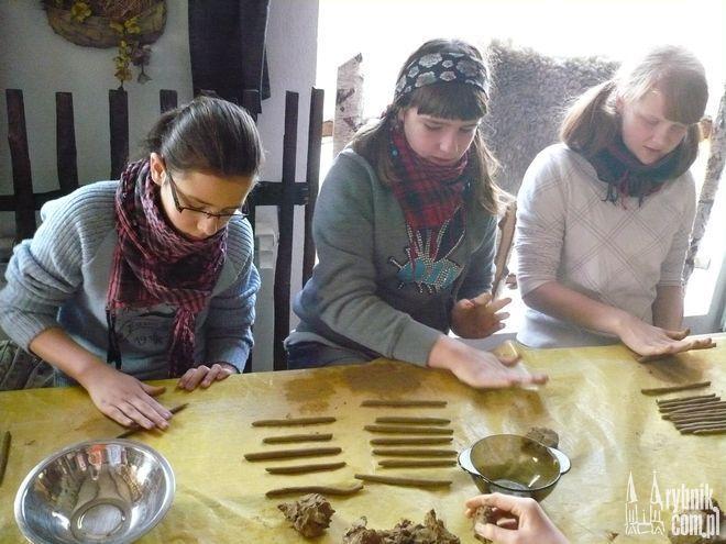 W poprzednich latach dzieci miały możliwość ulepić miseczki w Bojkowie...