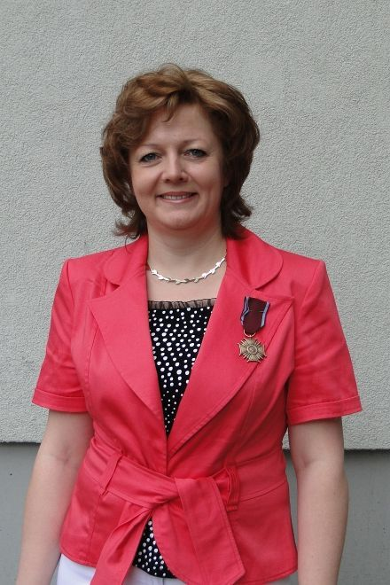 Zuzanna Pasierbek z Brązowym Krzyżem Zasługi
