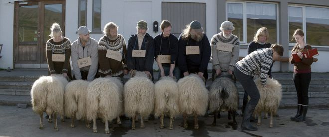"""Kadr z filmu """"Barany. Islandzka opowieść"""""""